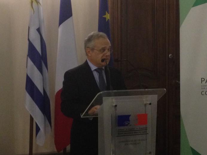 embajada francia uruguay 1