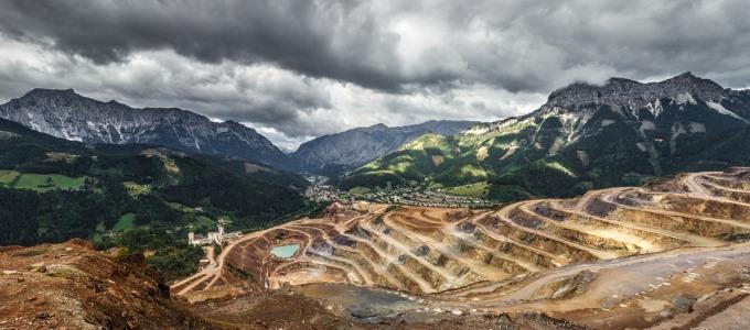 La extracción de materias primas se triplica globalmente en últimas cuatro décadas, intensificando el Cambio Climático y la contaminación atmosférica